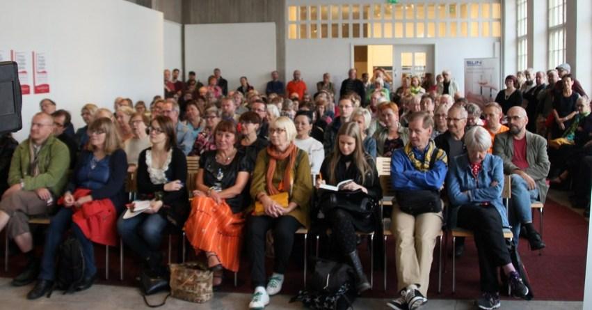 Työväen kirjallisuuden päivän vierasta, Claes Anderssonia tahtoivat kuulla kaikki.